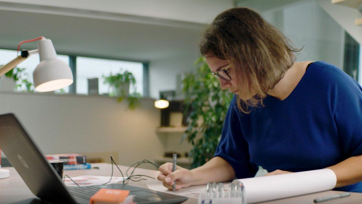 Wat maakt nou dat medewerkers bij Heembouw zo op hun plek zitten? Die verhalen delen ze graag de komende tijd met je.