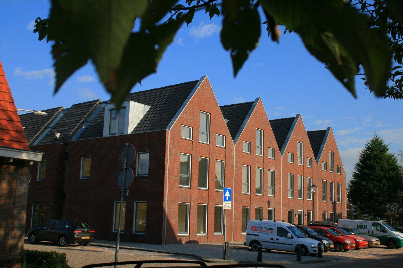Nieuwbouw 18 appartementen gezinsvervangend tehuis Wassenaar