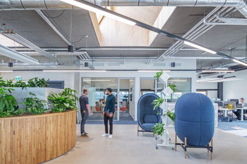 meubels en inrichting, één van de vijf circulaire elementen in ons nieuwe kantoor