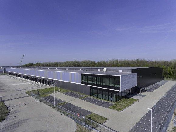Luchtfoto nieuwbouw distributiecentrum DC Appelweg Moerdijk