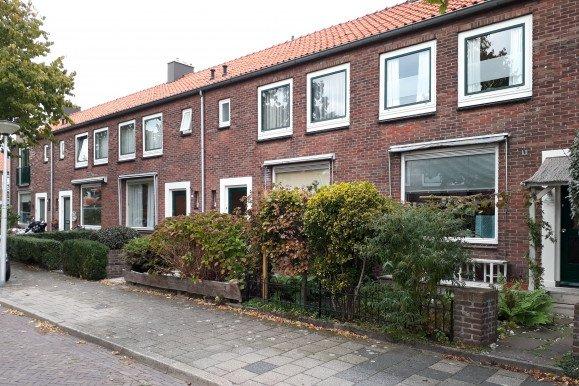 Onderhoud 15 woningen Lisse voor woningcorporatie Stek