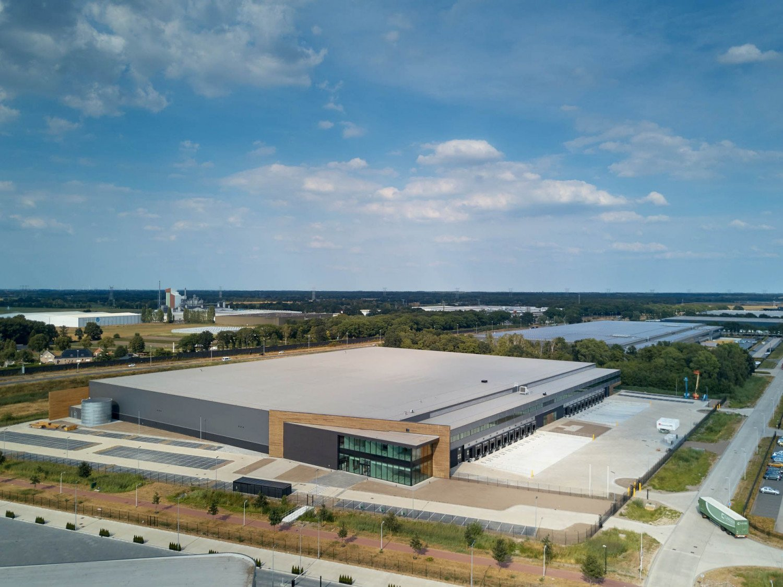 Nieuwbouw distributiecentrum New Logic V op Vossenberg West Tilburg