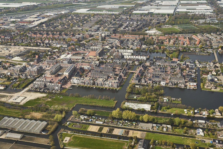 Luchtfoto De Oevers Roelofarendsveen