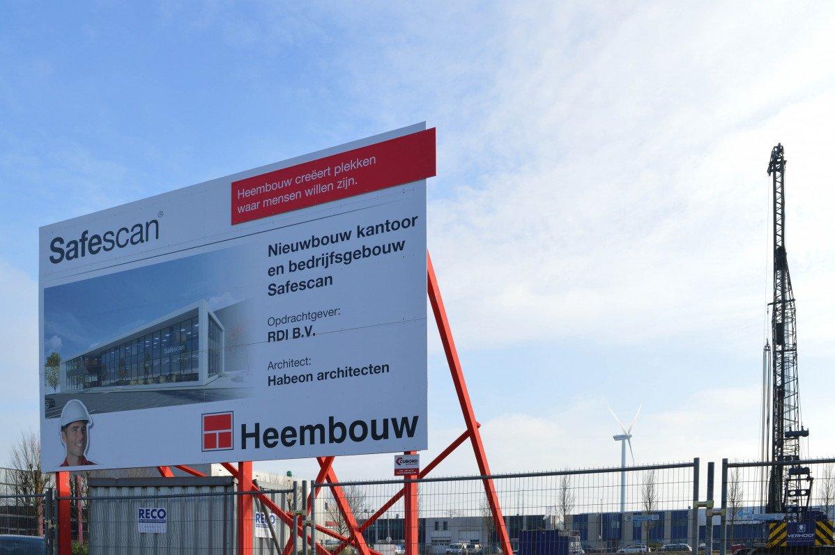 Nieuwbouw kantoor Safescan Zoetermeer eerste paal