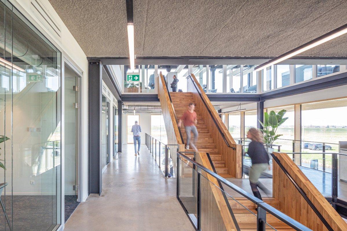 Nieuwe huisvesting Heembouw Kantoren interieur Heembouw Architecten