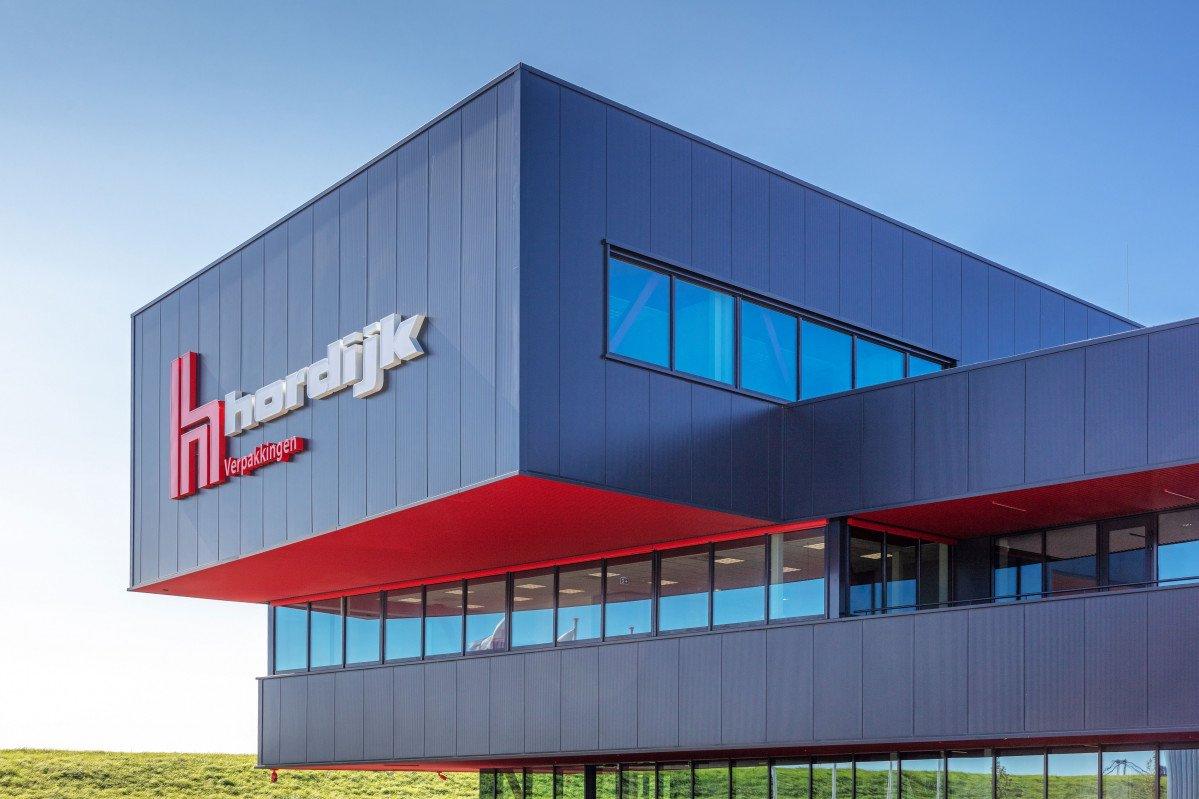 Het nieuwe bedrijfspand van Hordijk in Zaandam gerealiseerd door Heembouw