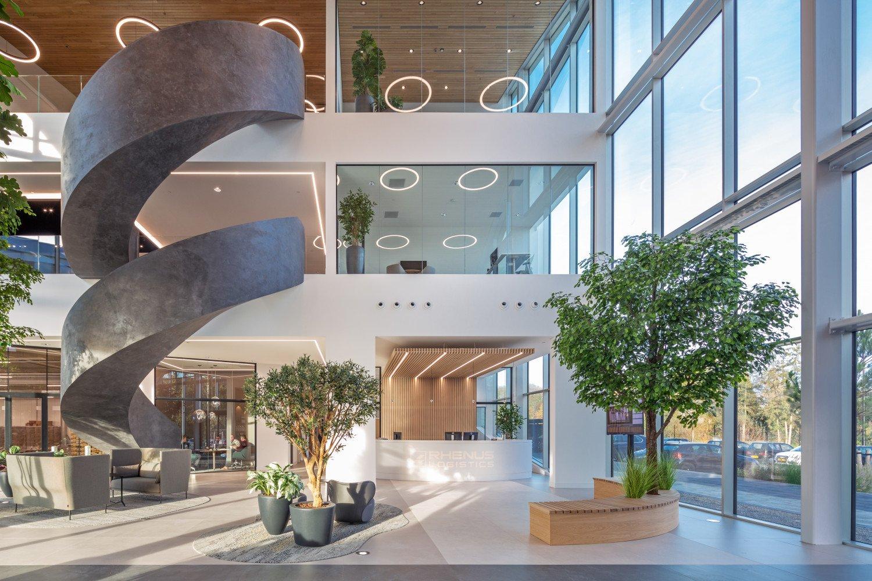 Interieurbeeld duurzaam distributiecentrum met kantoor New Logic 3 in Tilburg