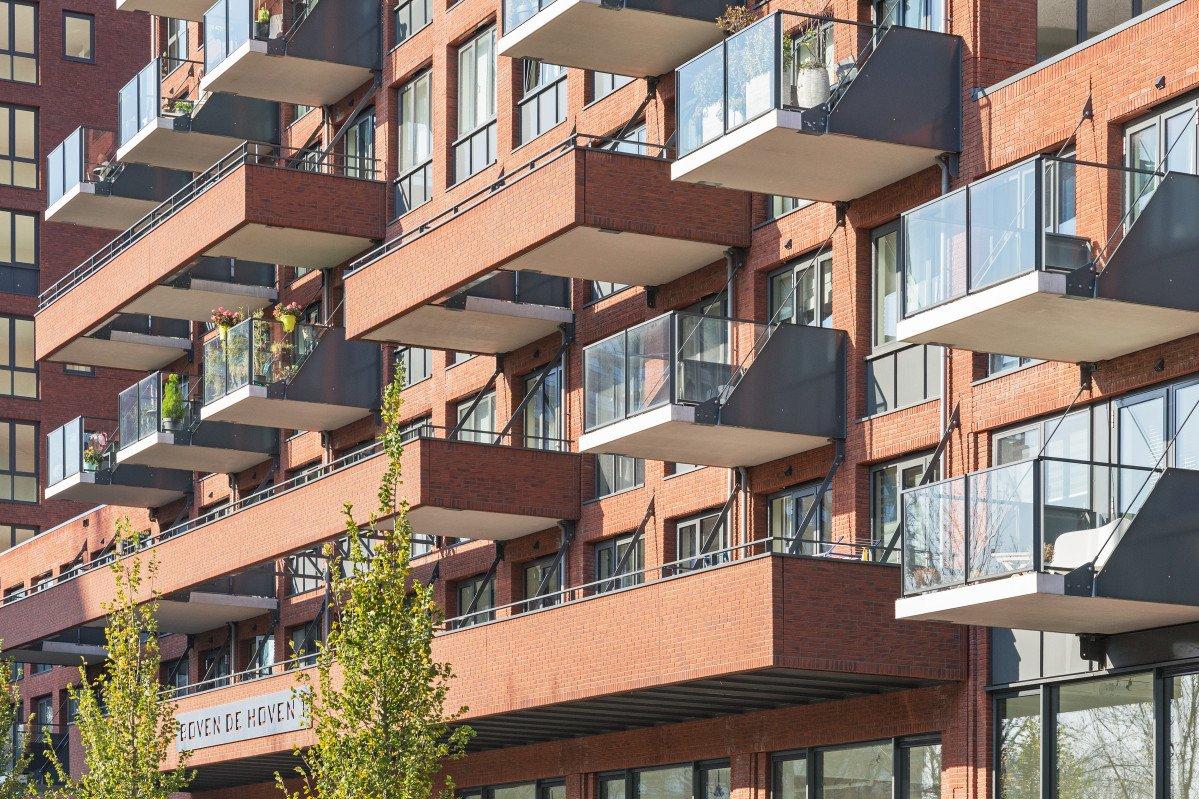 Wonen boven de hoven Delft exterieur balkons