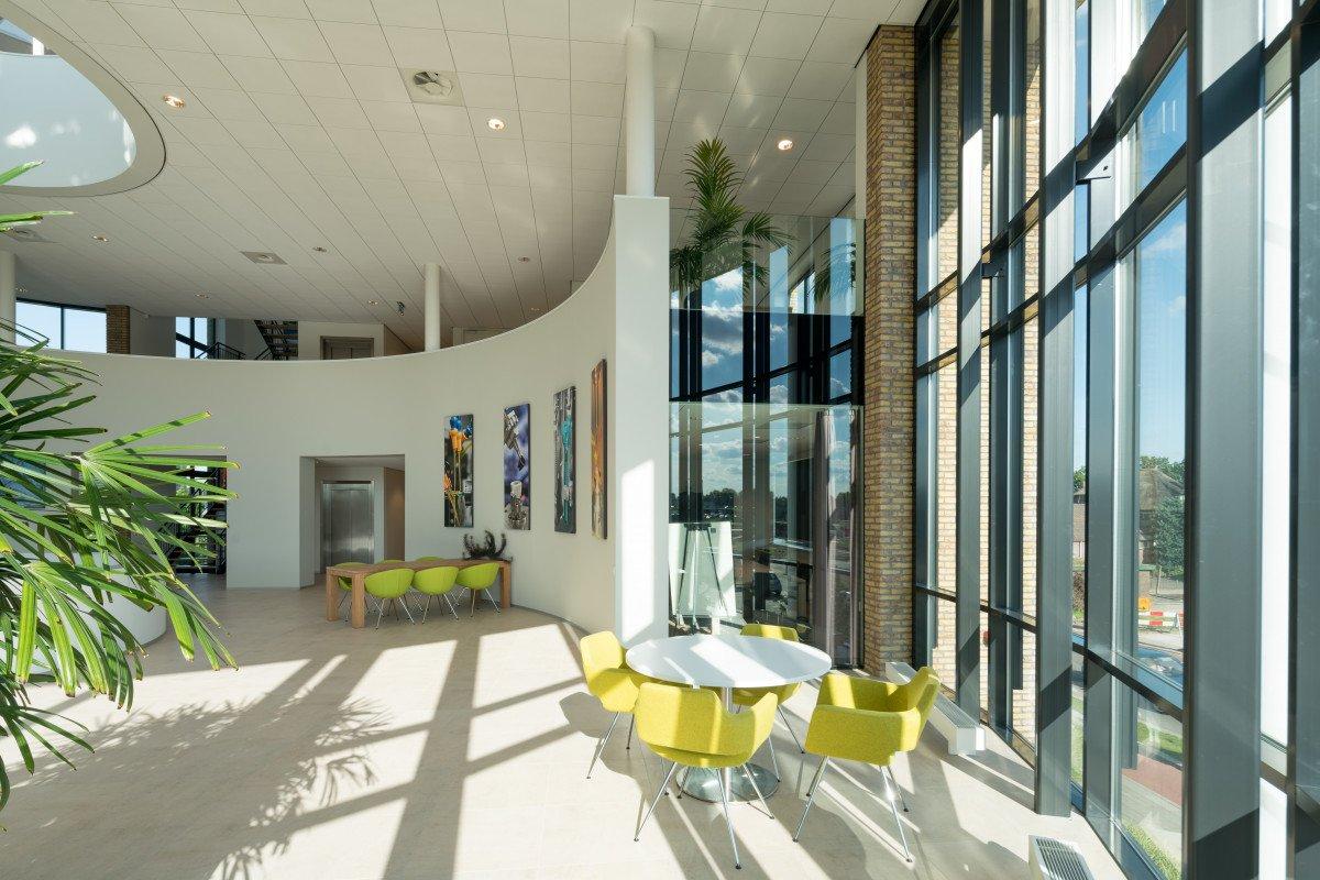 interieur Europees hoofdkantoor Applied Medical ontwerp Heembouw Architecten