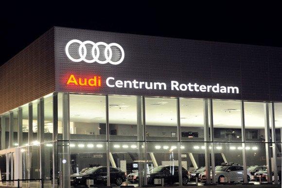 Autoshowroom Audi