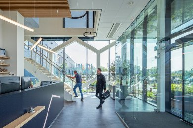 interieur bedrijfspand Bosman Van Zaal Aalsmeer