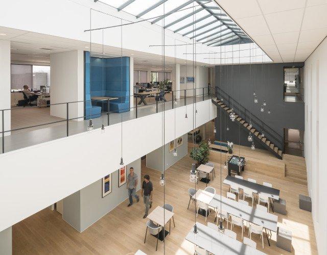 interieur Nieuwbouw huisvesting Hittech Multin Ypenburg kantoor