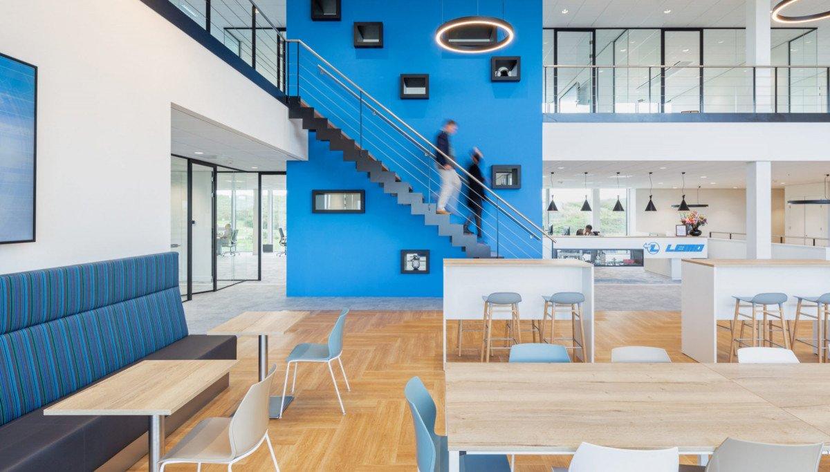 Ontwerpende bouwer met eigen architecten