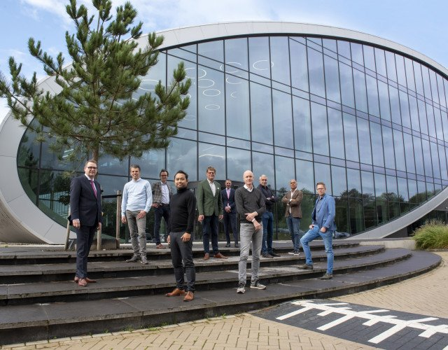 duurzaam distributiecentrum met kantoor New Logic 3 in Tilburg