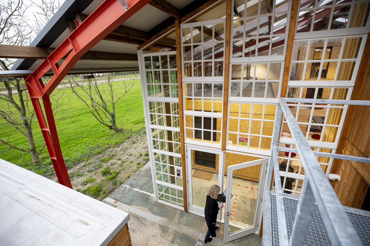 Realisatie circulair paviljoen Hoofddorp C-Beta