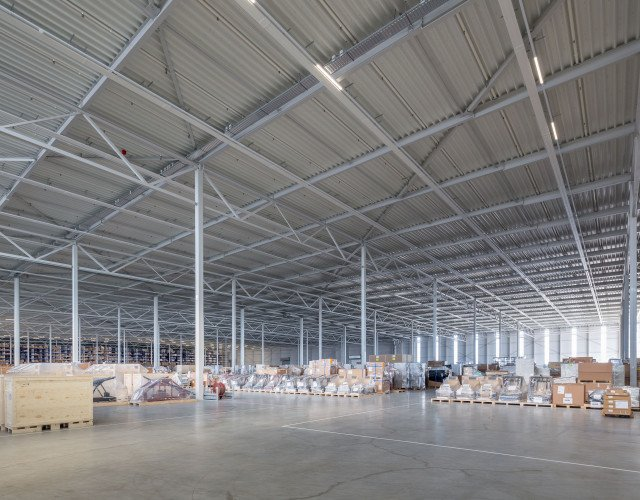 New Logic VI Rhenus Logistics Son en Breugel